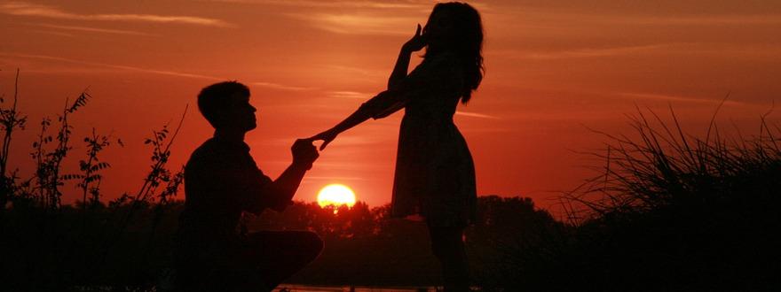 Casal Pedido Casamento